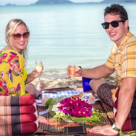 Private Beach Picnic Tour on an Island South of Koh Samui